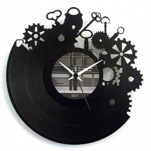 Orologio con chiavi ed ingranaggi stile lavoro